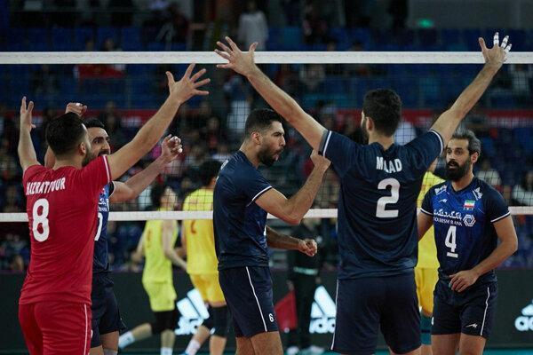 حضور مربیان ایرانی در تیم ملی در کنار هم بعید است