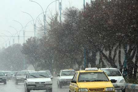 جاده های سه استان بارانی است