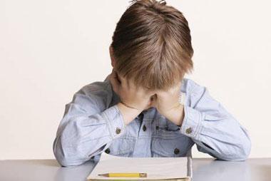 شناخت علل استرس زا برای بچه ها