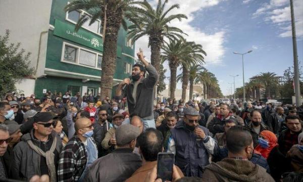 خبرنگاران صدها تونسی علیه وضع بد بهداشتی کشور تظاهرات کردند