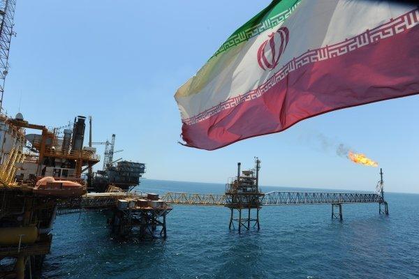 آمریکا به چین: تحریم های نفتی علیه ایران را ادامه می دهیم