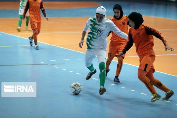 خبرنگاران امیدوارم رییس جدید فدراسیون فوتبال بدنبال احقاق حقوق زنان باشد