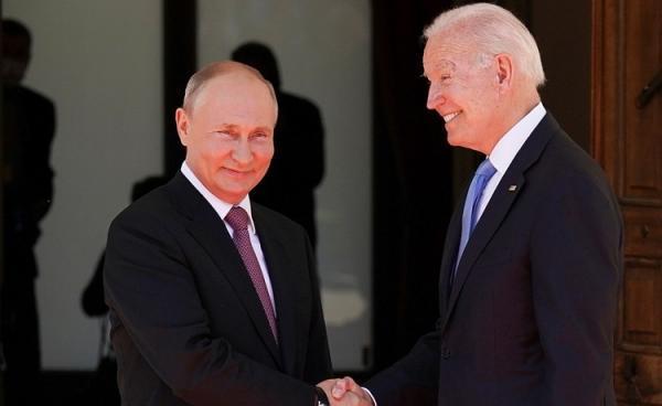 شوخی پوتین با بایدن پس از خروج خبرنگاران از محل مذاکرات